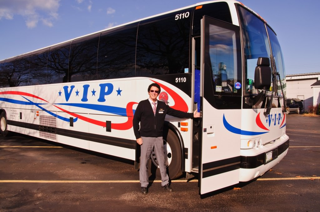 Deluxe Motor Coaches Vip Tour Charter Bus Company